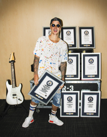 Justin Bieber Auf Weltrekordjagd Guinness World Records